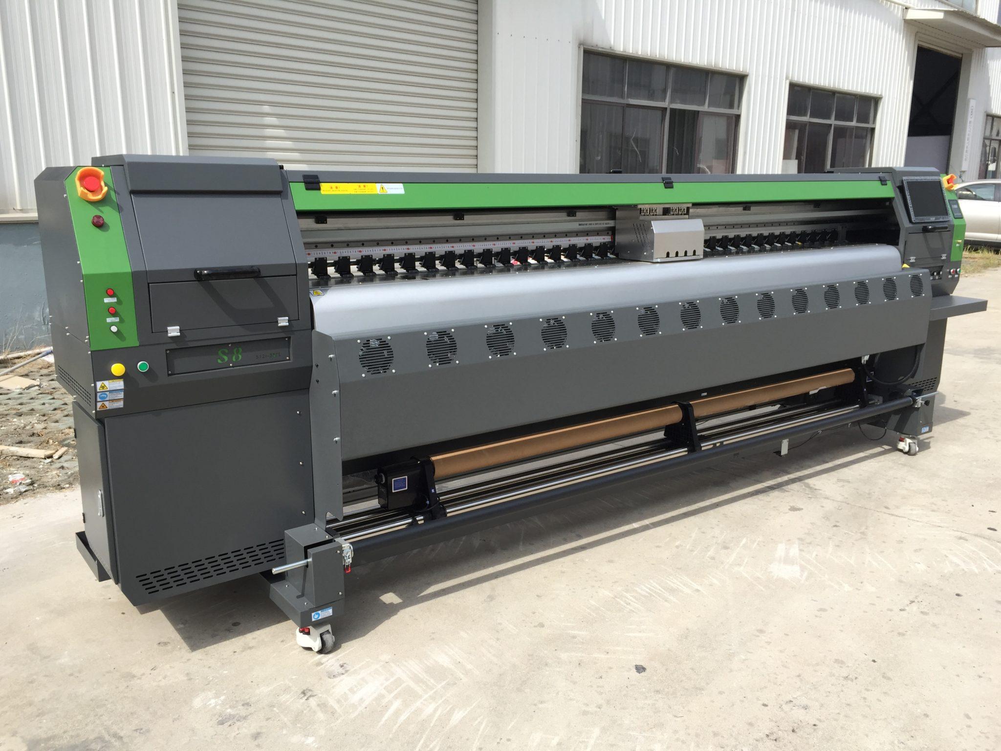 Принтер для широкоформатной печати. Плоттер